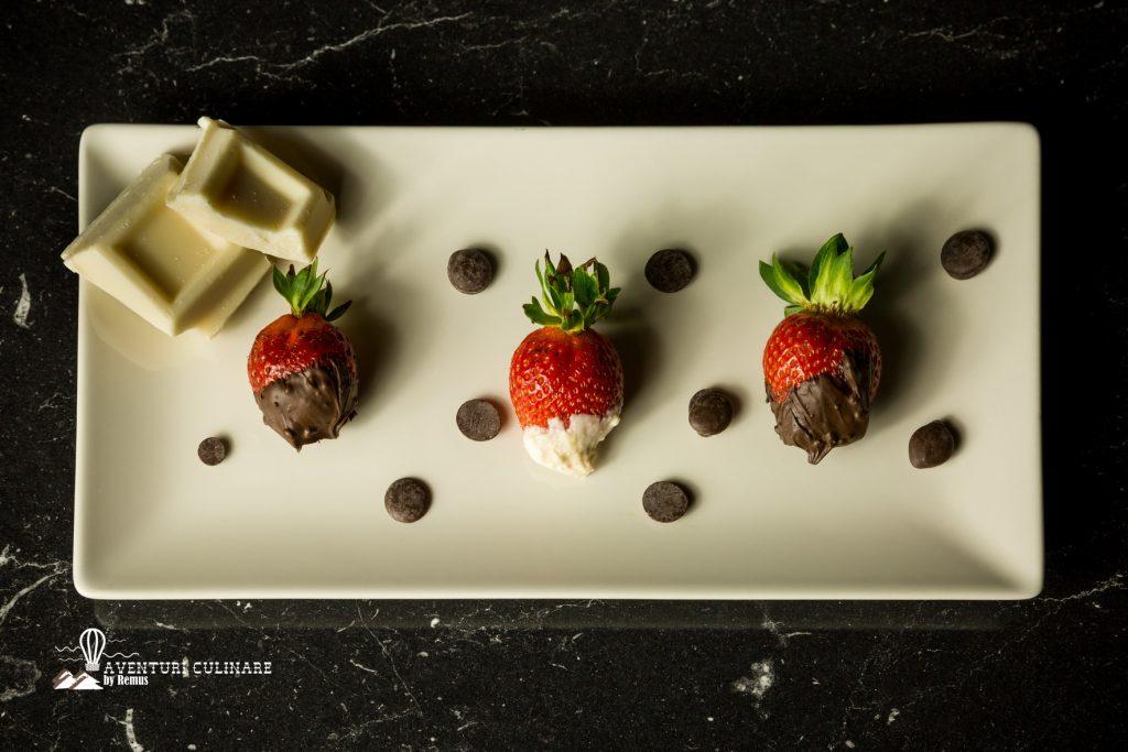 prezentare capsune cu ciocolata