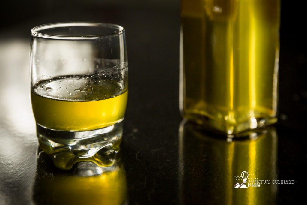 Lichior de lămâie (limoncello)